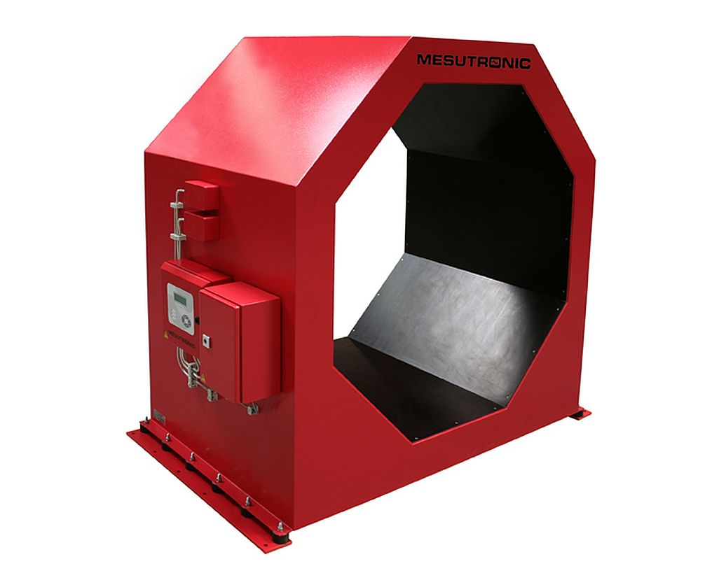 Tunnel metal detector METRON 05 CO for the inspection of logs