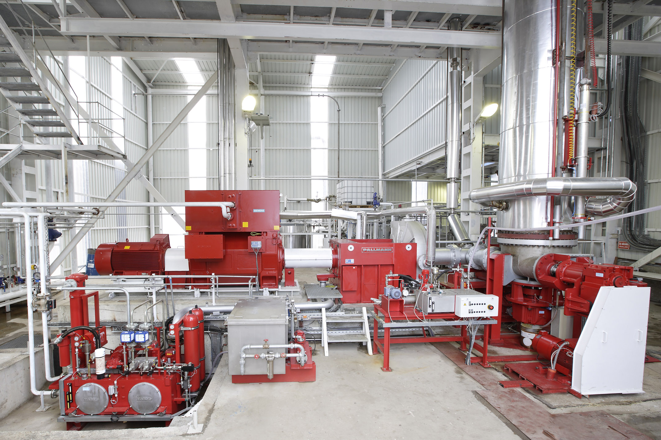 PALLMANN pressure refiners for the production of fibres for MDF boards